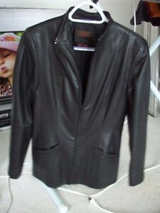 womens Daniher leather jacket