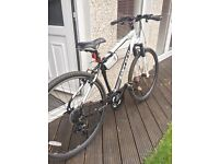 Men's hybrid Carrera Crossfire bike 19""