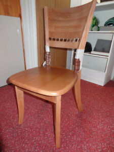 Brand new Hard wood dinning table and chairs still in boxes
