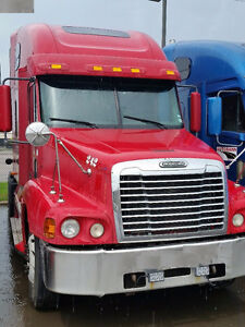 """2007 Freightliner Century & Columbia's pre-emission """"as is"""""""
