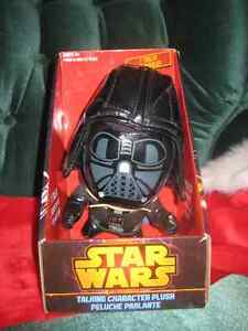 DARTH VADER (STAR WARS) PLUSHIE