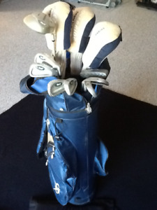 GOLF CLUBS & MATCHING BAG FOR SALE,—$60