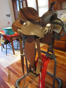 Dark Brown Synthetic & Leather Light Weight Saddle
