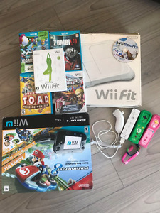 Nintendo Wii U - 6 games with wii fit