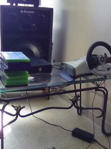 Xbox 360 + 13 jeux + kinect + volant de course ,+ 1 manette
