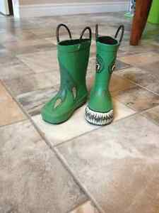 Dino rain boots- size 7 St. John's Newfoundland image 1