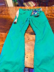 Oakley ski/snowboard pants size m men's  Kitchener / Waterloo Kitchener Area image 1