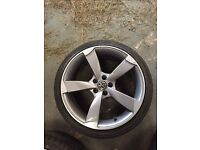 18 inch Audi rotor alloys with tyres 5x100