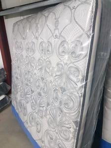 Kingsdown Delmonico king size mattress