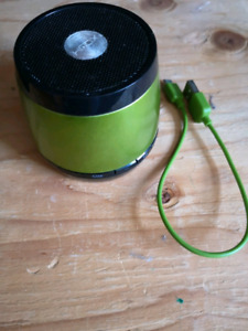 JAM BLUETOOTH SPEAKER WIRELESS WITH CHARGE CABLE