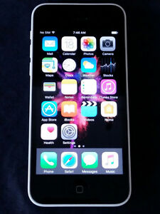 Iphone 5c 16Gb - NICE - Bell