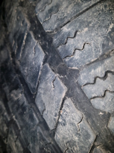for sale 4-p275 55r20 Goodyear RSA Tires