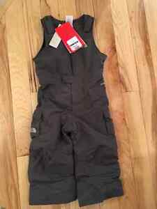 New with tags NORTH FACE snowpants 3T