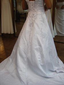 The Wedding is OVERRR!!!/ Le wedding est fini iii!!! Gatineau Ottawa / Gatineau Area image 3