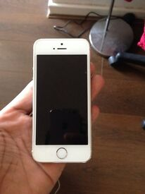 Apple iPhone 5s 16gb Silver. Unlocked to any network Excellent condition
