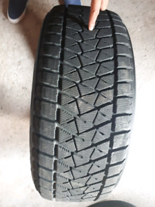 Bridgestone Blizzak DMV2 245/55R19 Winter Tires