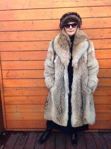 Colorado Supreme Coyote fur coat
