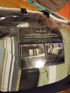 Bed Comforters and Blankets