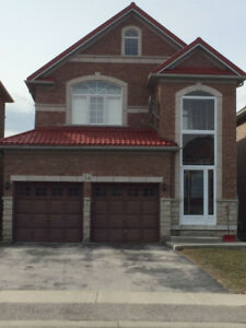 **LARGE Executive 4 Bedroom Upper Level House For Rent**