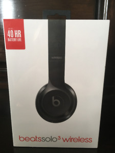Beats Solo3 Wireless Headphones, Gloss Black, Unopened!