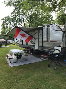 2014 Grey Wolf 28BH Limited - Family Bunkhouse model