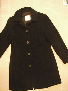 Ladies Black Wool & Cashmere Aritzia Coat Size Large