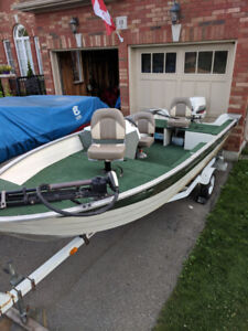 16ft Grumman Runabout Boat