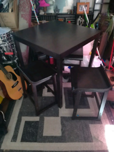 "35"" square x 3 ft tall table and stools"