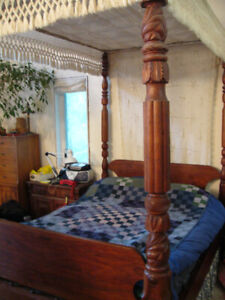 Antique 4 poster bed with canopy
