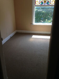 GREAT 3 Bedroom downtown Richmond/Oxford! STUDENTS London Ontario image 3