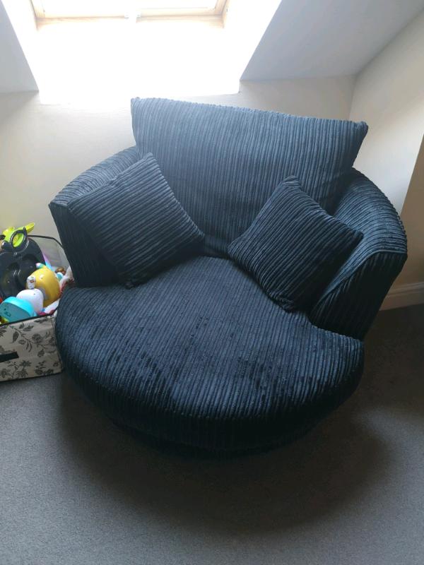 Wondrous Navy Blue Cord Spinning Chair Sofa In Cookridge West Yorkshire Gumtree Dailytribune Chair Design For Home Dailytribuneorg