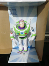 TOY STORY 4 BUZZ LIGHT YEAR