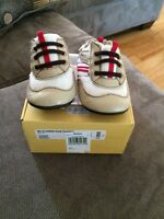 Robeez mini shoes size 3 (6-9 months)