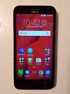 Asus Zenfone 2 Unlocked phone.  Excellent condition
