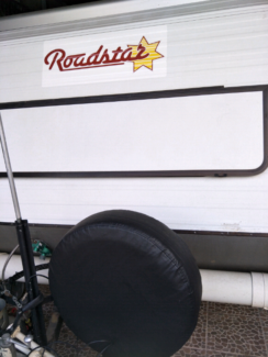 Roadster pop top 12 ft $12000. Edens Landing Logan Area Preview