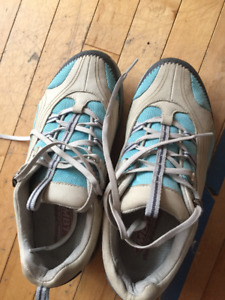 Womens Size 7.5 MBT Sneakers