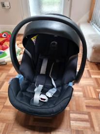 Cybex Aton 5 car seat + isofix base