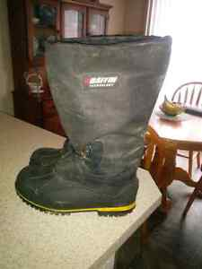 Baffin winter boots, size 11