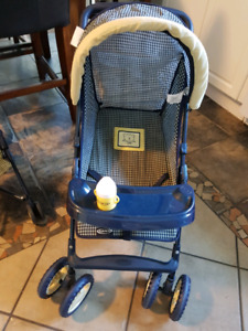 Deluxe Greco doll stroller.