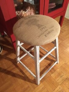 Old antique chair stool seat chaise wood bois burlap rustic