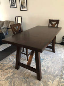 Dining Table two chairs Bar height