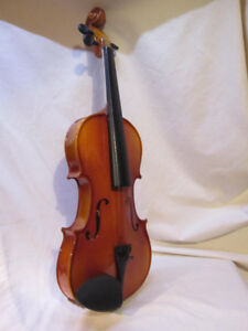 Gibson/Baldwin Music Education Wooden VIOLIN - Made in China