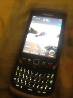 Unlocked BlackBerry Torch 9800 - 4 GB - TouchScreen - 3 units