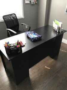 Black Office Desk, Chair and Bookshelf.  Perfect 4 home office