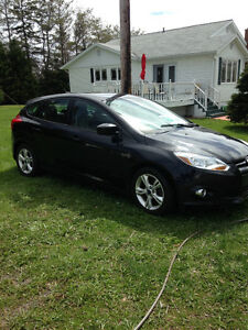 2012 Ford Focus Sport Package Hatchback