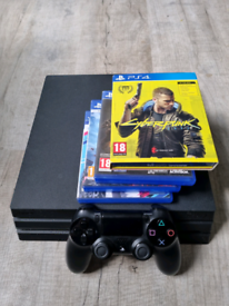 Playstation 4 pro 4 games