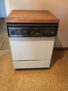 Dishwasher vave-vaisselle General Electric