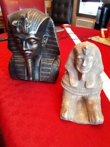 Statues ou bibelot décoratifs style égyptien