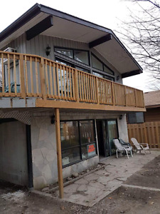 Grand bend cottage for rent..please Call  Wayne at 519 318 9999