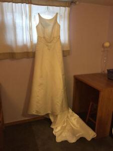 Beautiful Ivory Wedding Dress with Pearl Beading